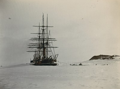 Ship at Hut Point