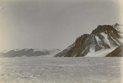 Continuation of above (Panorama of the Great Western Glacier)