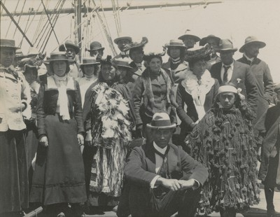 Maori visitors on board at Lyttelton, n. 3