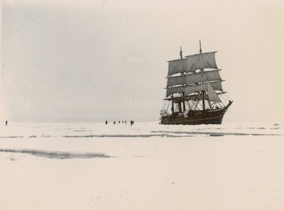 Ship in pack ice