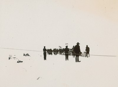 The Southern sledge journey. The Captain Wilson and Shackleton ready for the farthest South (2)