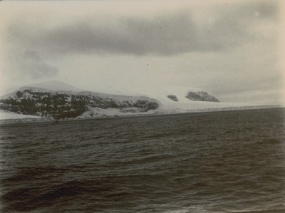 Panorama of Balleny Island (2)