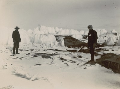 Peculiar ice formation, McMurdo Strait (3)