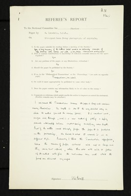 Referee report by W. T. Astbury on 'Divergent beam X-ray photography of crystals' by K. Lonsdale